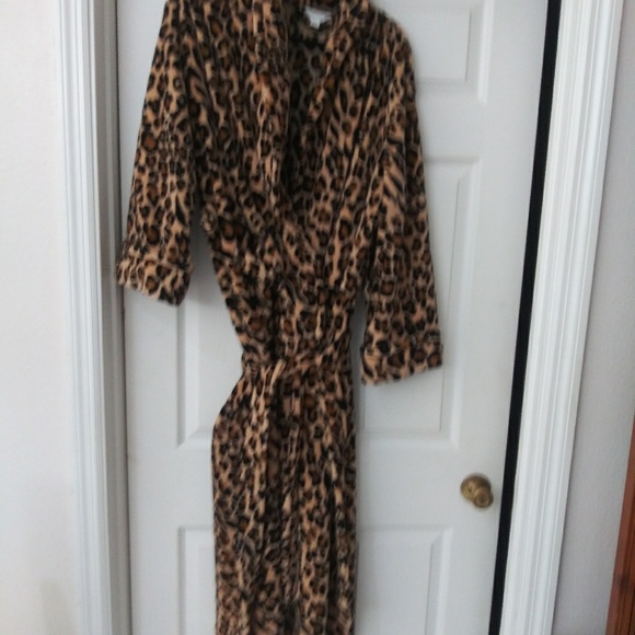 Charter Club Other - Women's Full-length Plush Robe